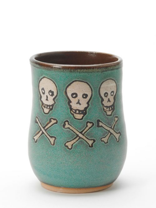 Hog Hill Pottery ceramic pirate cup featuring the flag of Christopher Condent.
