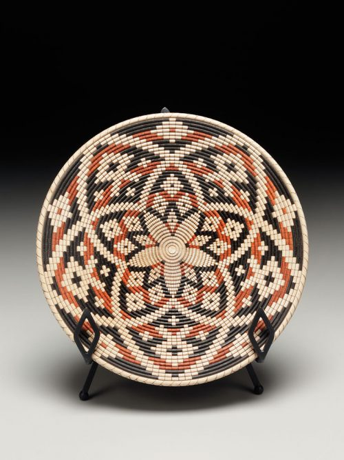 turned wood platter with Cherokee basket weave illusion by Barb Ward.