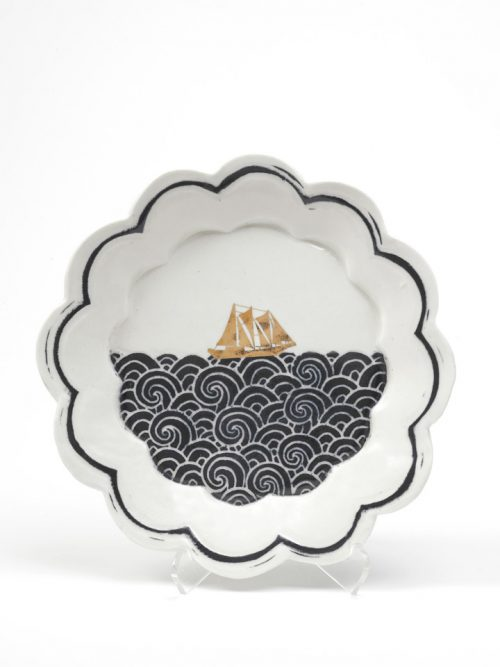 Porcelain dessert plate with a sailing ship handmade by Anja Bartels.